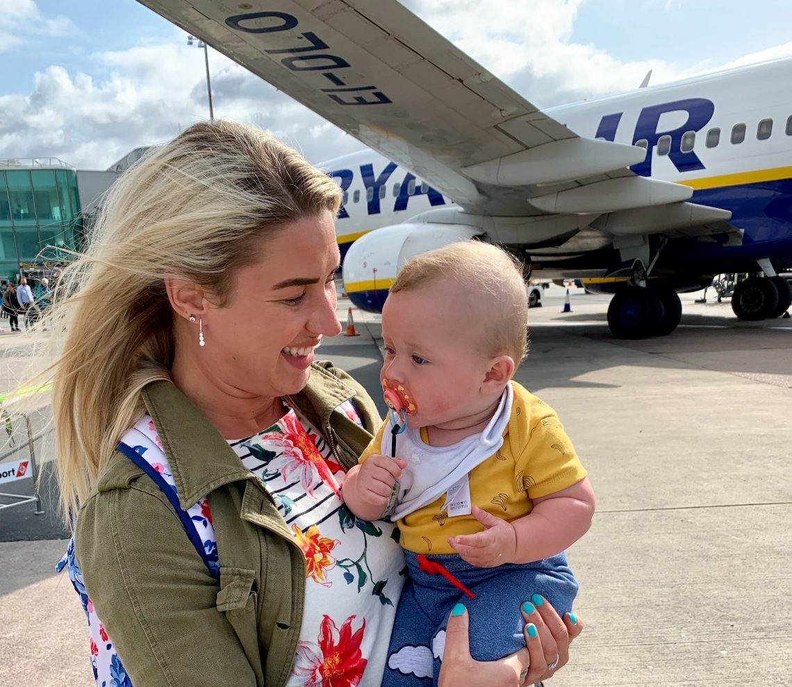 Excellent Ultimate Guide To Flying With A Baby Gemma And George Travel Cjindustries Chair Design For Home Cjindustriesco